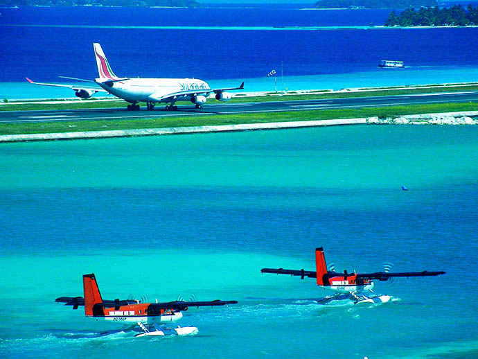Maldivi avioni
