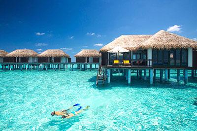 abwechslungsreicher-luxus-honeymoon-auf-den-malediven