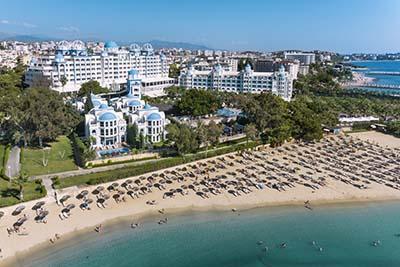 rubi-platinum-spa-resort-suite